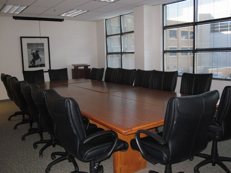 Boardroom at Office Evolution Belmar Lakewood